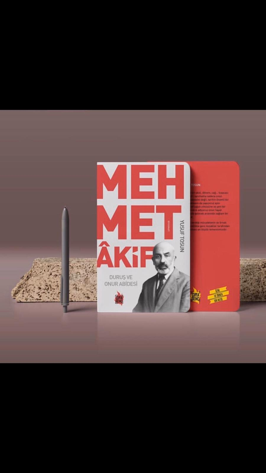 Duruş ve Onur Abidesi Mehmet Akif